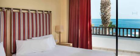 Standard Room with View Single Use - Advance Purchase 3 Days (Half Board)