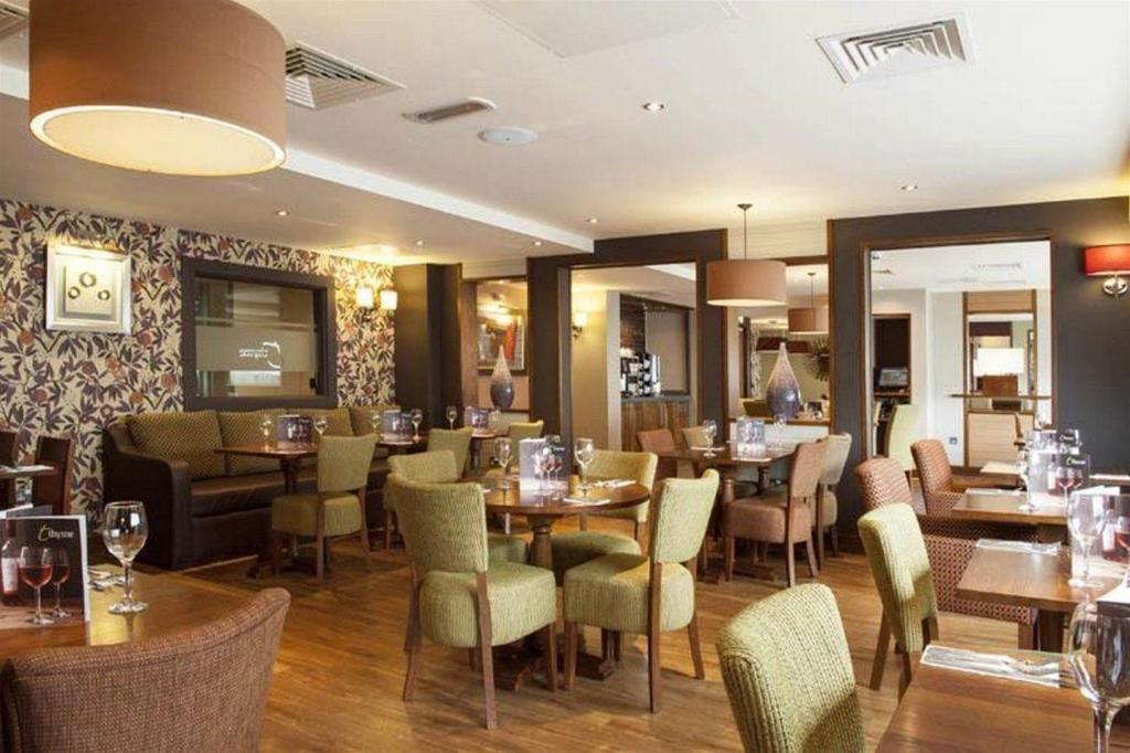 Premier Inn Birmingham City Centre - New Street Hotel ...
