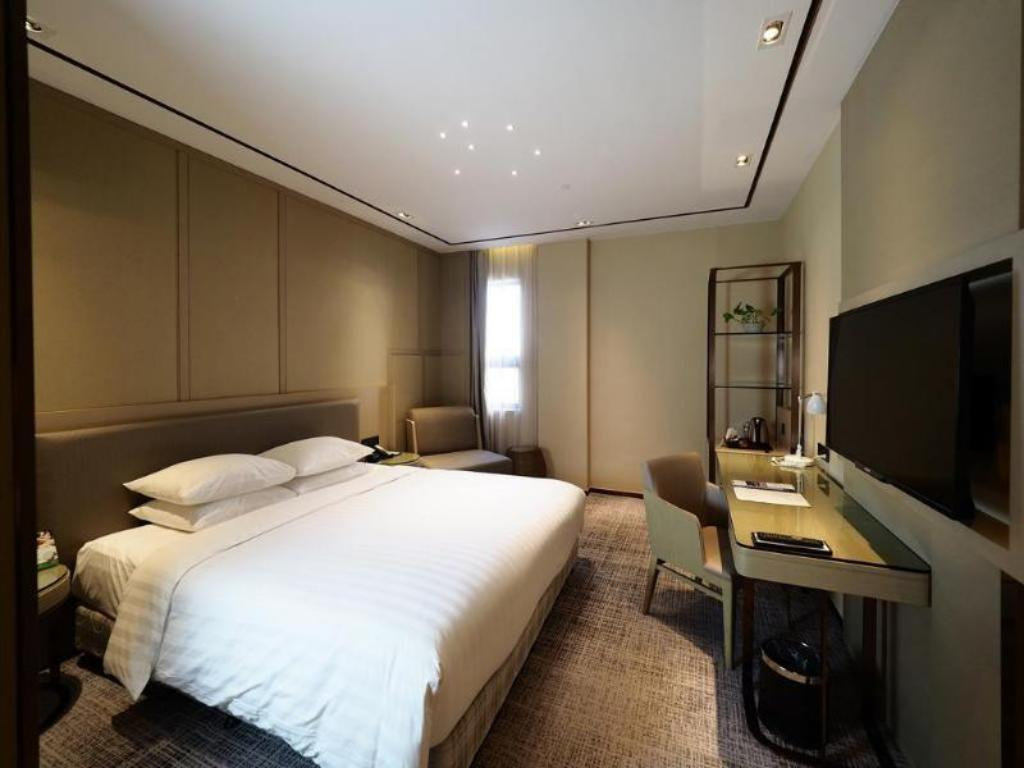 Courtyard by Marriott Shanghai International Tourism and Resorts Zone Hotel