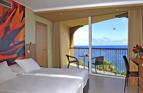 Four Views Oasis Hotel Madeira Island Deals Photos Reviews