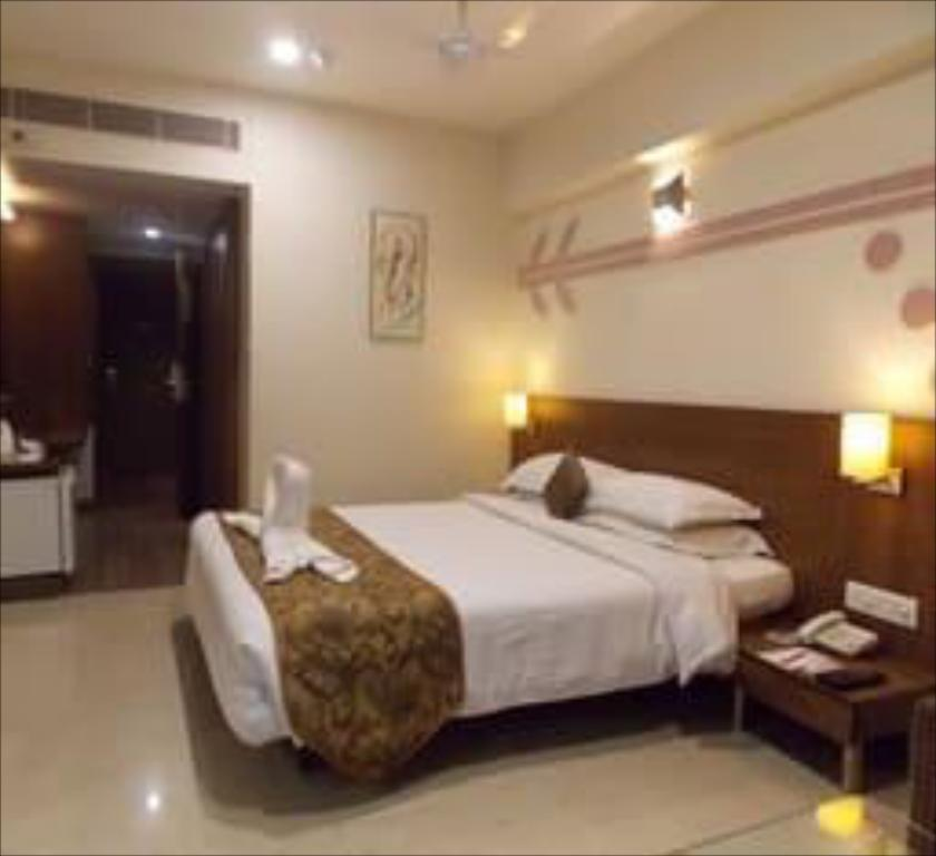 Hotel Silver Cloud In Ahmedabad Room Deals Photos Reviews