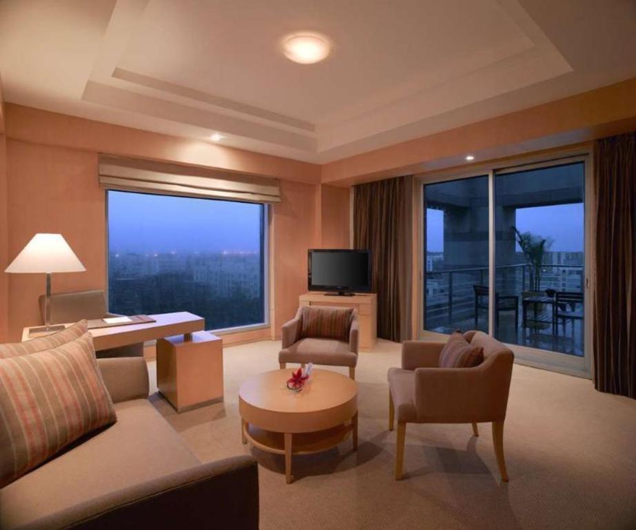 Grand Hyatt Mumbai in India - Room Deals, Photos & Reviews