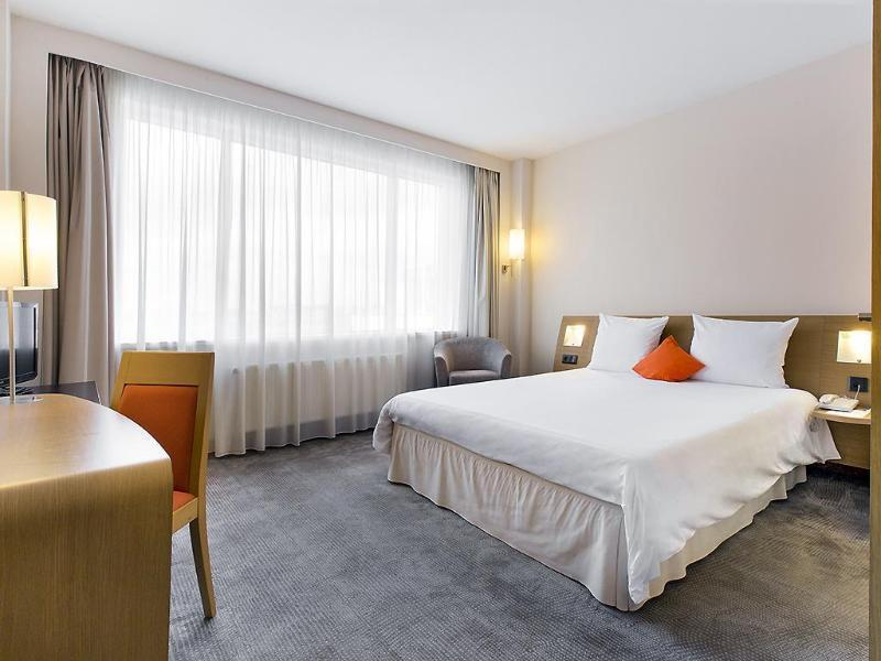 Double or Twin Superior Room with double bed