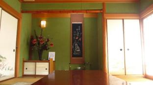 Gairojyu - Tatami room in front of Ishigiri Station