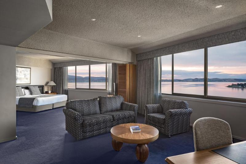 Suite Harbour View