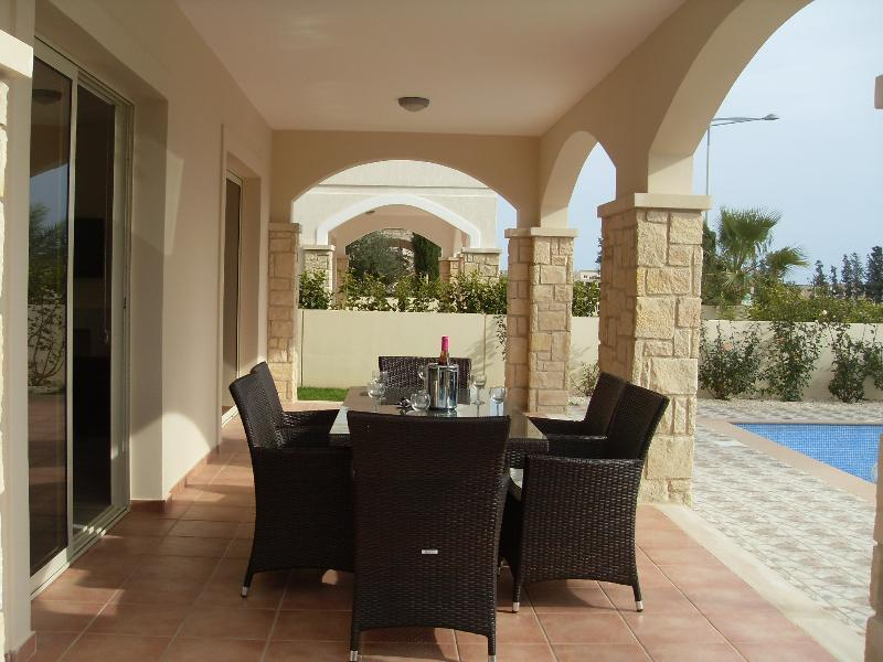 Villa Tres Dormitorios Con Piscina Privada (Villa Three Bedrooms With Private Pool)
