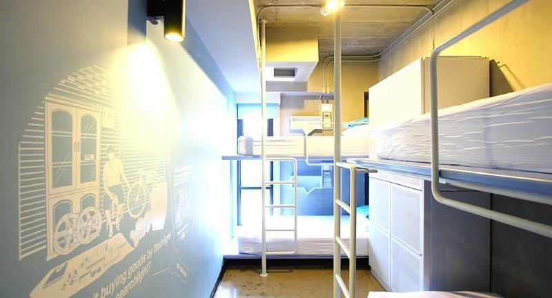 Bed in dormitory STANDARD